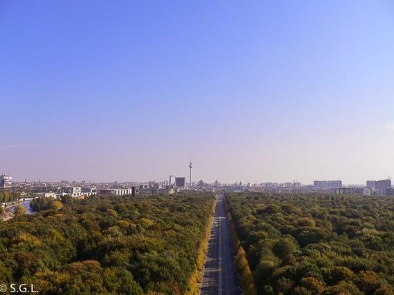 Tiergarten. Berlin. Hoy compartimos-calles, caminos y carreteras