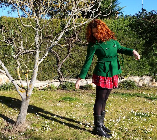 abrigo verde entallado