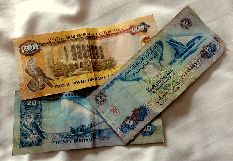 Uae Currency Dirhams 1 Eur Euro Is 4 8 Aed Taxi Rides Cost Between 10 To 30 Within The City A Minute Ride Would Probably