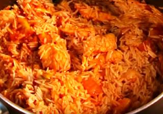 Chilli Chicken Tomato Pulao Recipe - How to Make Chilli Chicken Tomato Pulao at Home