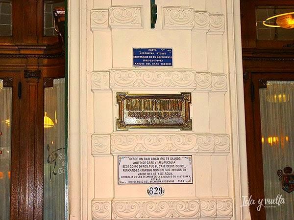 Placa de entrada al Café Tortoni, Buenos Aires