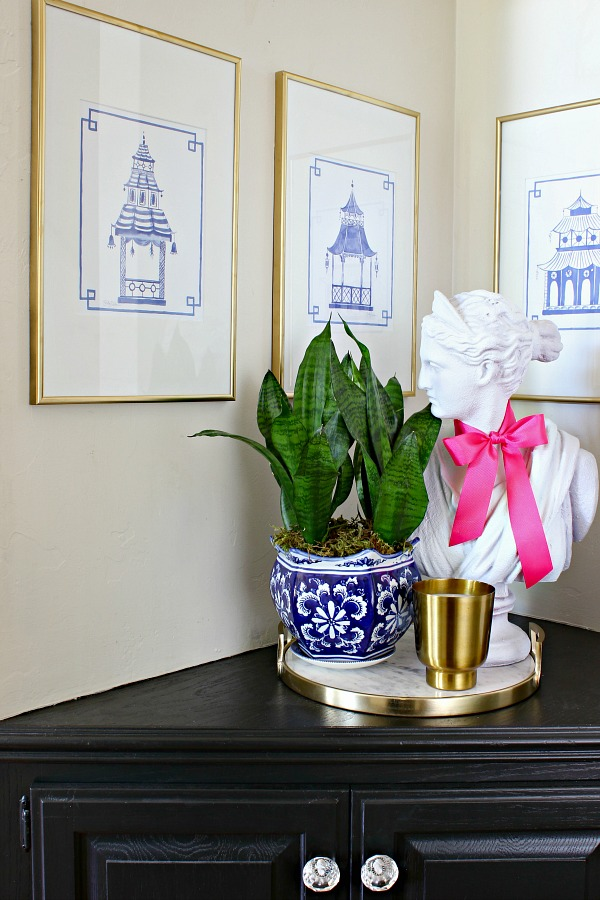 Shelby Dillon Studio, Blue and White Pagoda Prints, Hallway Nook Styling, lady bust, marble tray