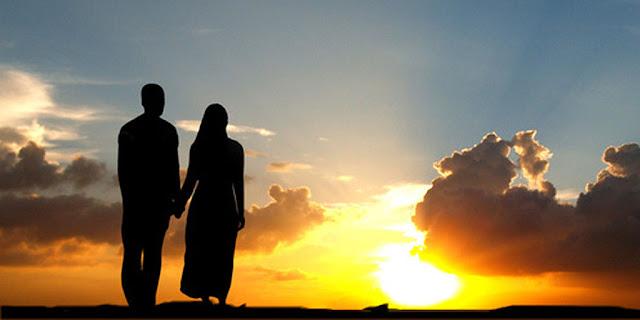 Begini Cara Menjadi Suami Romantis Yang Diajarkan Rosulullah SAW.