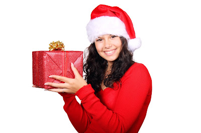 9 Holiday Gift Ideas for Women