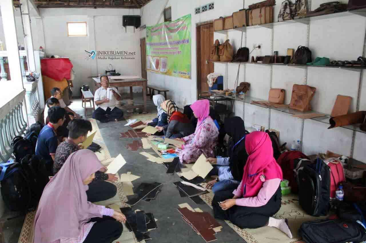 Perajin Gerabah dan Kulit Kebumen Disuruh Belajar ke Jogja