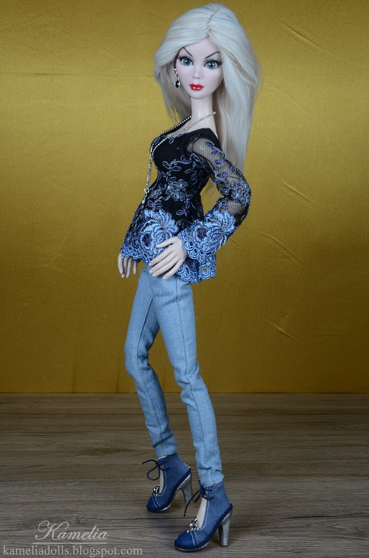 Realistic jeans for doll