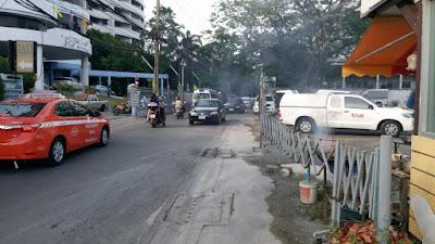 バンコクの道