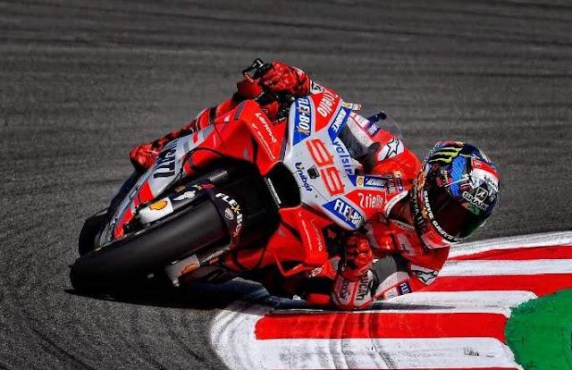 Jorge Lorenzo Juara Motogp Catalunya Spanyol 2018