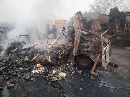 Tragic Accident as Multiple Trailers Crash and Burn Along Oyo-Ogbomosho Expressway (Photos)