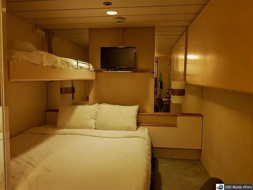 Cabine do navio Monarch, Pullmantur - Diário de Bordo: cruzeiro pelo Caribe