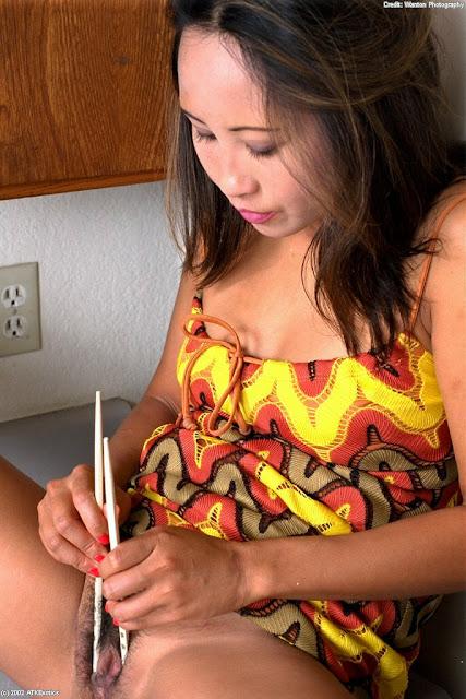 dd Foto Memek Tante Muda Ditusuk Pakai Sumpit Keenakan