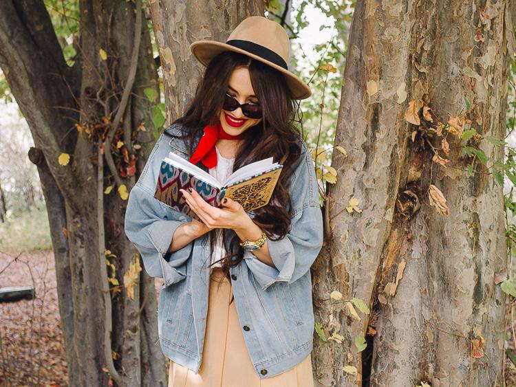 fashion blogger diyorasnotes autumn denim jacket midi skirt hat%2B%25282%2B%25D0%25B8%25D0%25B7%2B24%2529 - RED LIPS, BANDANA AND MIDI SKIRT