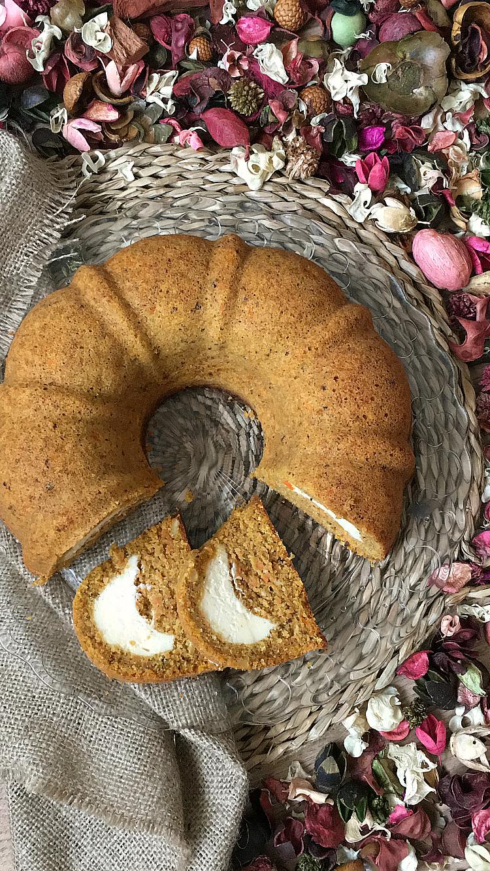 bundt-cake-relleno-queso