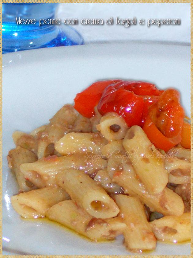 Mezze penne con crema di fagioli e peperoni