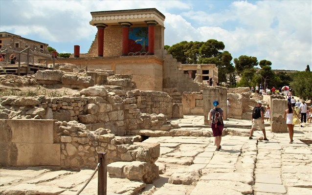Greek government accused of planning to sell archaeological sites and museums
