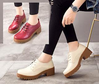Man shoes style merupakan model sepatu wanita untuk dipakai kuliah