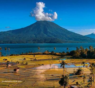 Mengeksplor Keindahan Alam Gunung Semenu Lampung