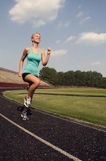 chica corriendo maratón