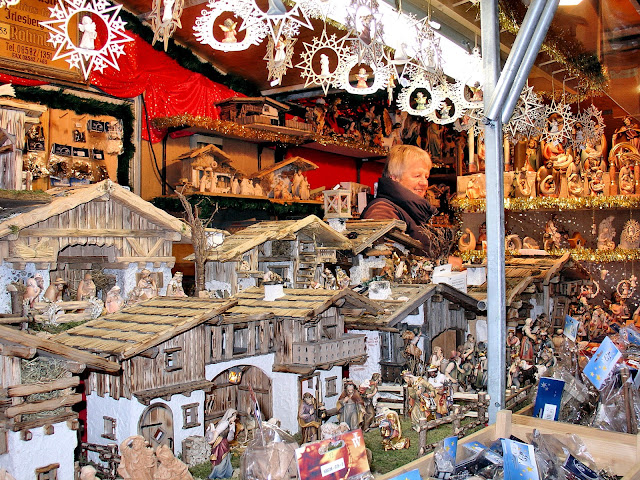 So many wonderful handcrafted gifts fill the Alpine Chalets at Passau, Christmas Market. Photo: Property of EuroTravelogue™. Unauthorized use is prohibited.