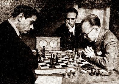 Partida de ajedrez Rafael Llorens - Josep Clarís en el II Trofeo Dr. Puig i Puig 1943