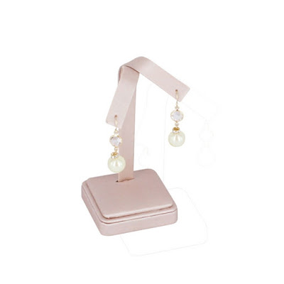 Shop Nile Corp Wholesale Champagne Pink Earring Tree