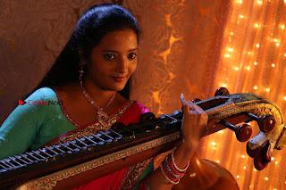 Ganesh Venkatraman Swetha Menon Starring Inaiyathalam Movie Stills  0016.JPG