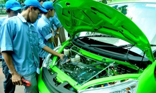 Lebih Baik Perbaikan Biaya Sendiri atau Menggunakan Asurani pada Mobil