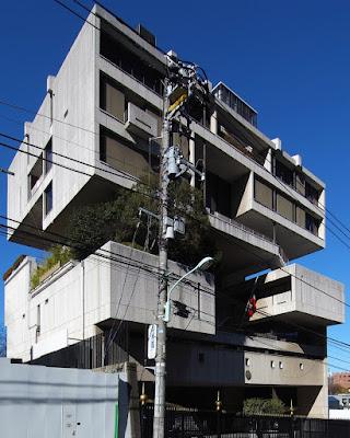 日本の建築を世界レベルに。建築家、世界の丹下健三(Architecture) 駐日クウェート大使館 1970