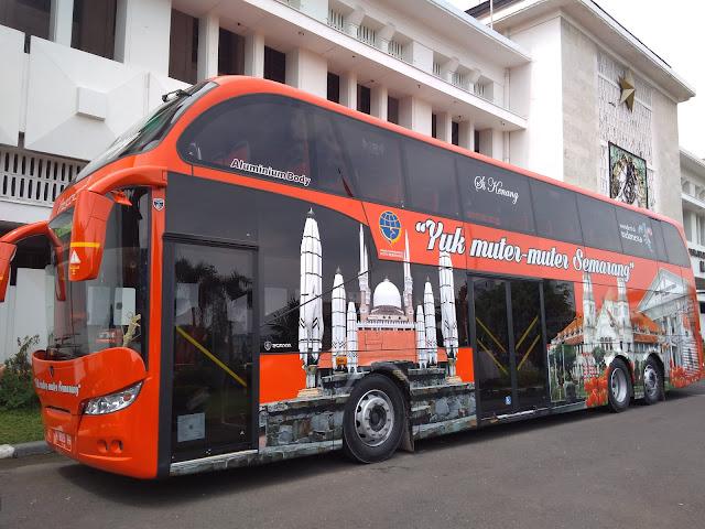 Kenang, double decker bus Semarang