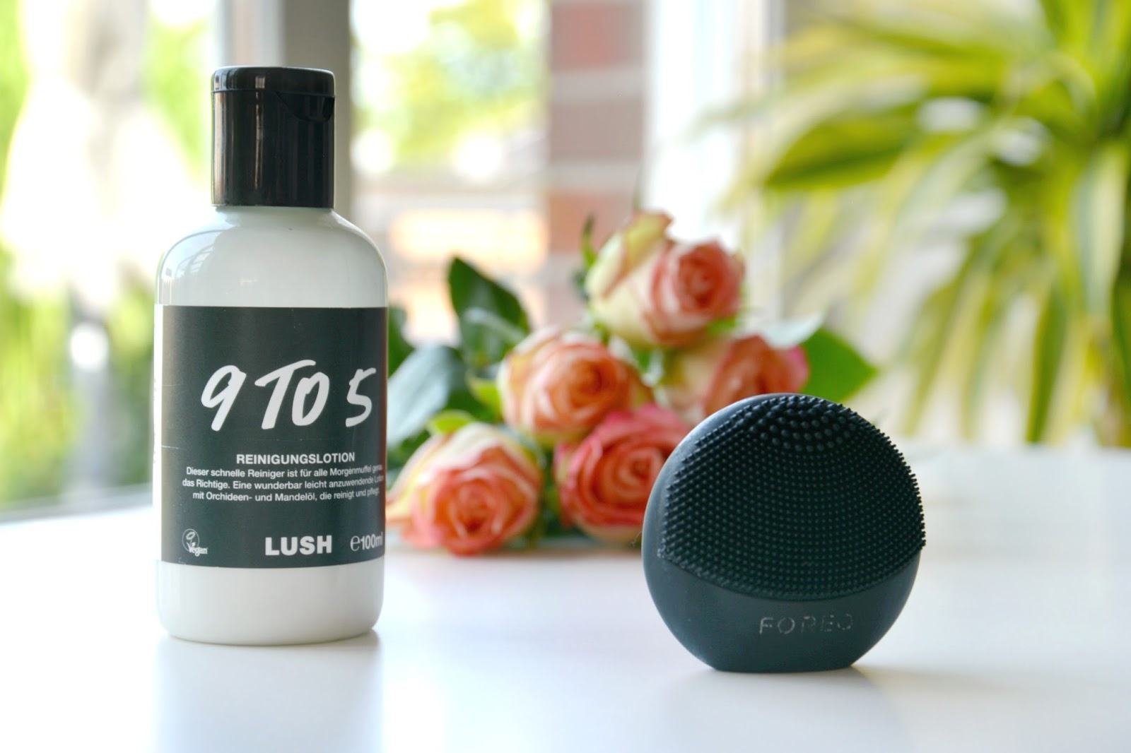 Foreo Luna Play Black; Lush 9 To 5 Cleanser; Fresh Roses