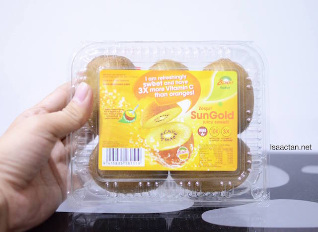 I've gotten myself a pack of 6 Zespri SunGold Kiwifruit. Have you gotten yours yet?