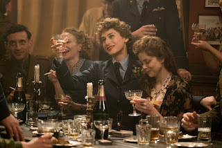 allied-lizzy caplan-charlotte hope