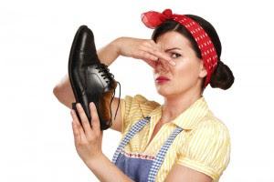 Cara Menghilangkan Bau Sepatu Tanpa Dicuci