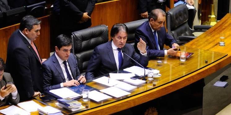 Congresso derruba veto ao Refis das pequenas empresas