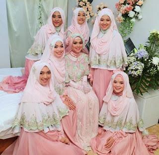 Gaun Pengantin Model Terkini Warna Soft Pink Putih