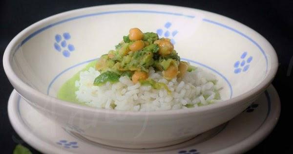 Zuppa di ceci e zucchine su crema di zucchine alla menta