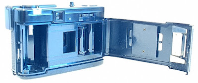 Olympus Pen EF, Film box