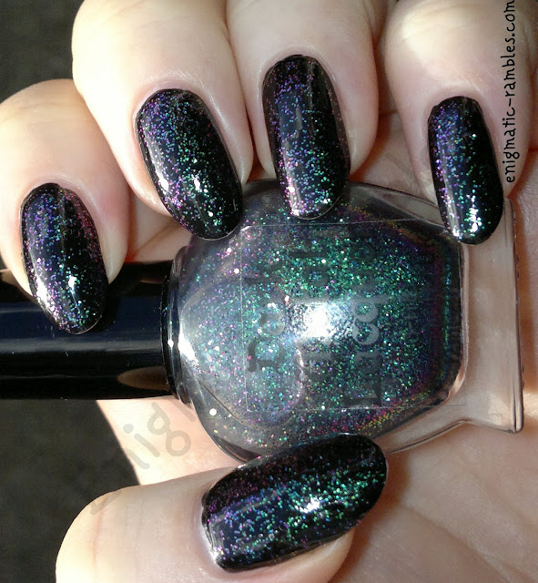 Dark-Metal-Lacquer-Turn-Loose-The-Mermaids-Swatch