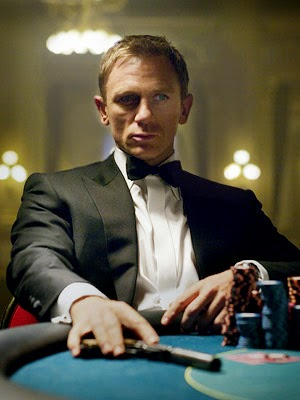 Casino Royale, 2006, James Bond With Gun