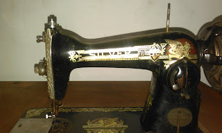 Máquina de coser Silver a restaurar.