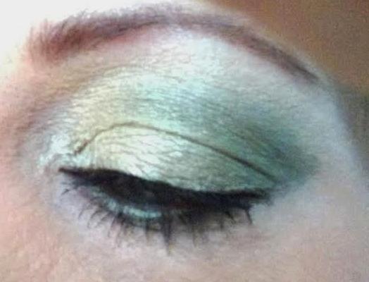 Urban decay Green eye shadow