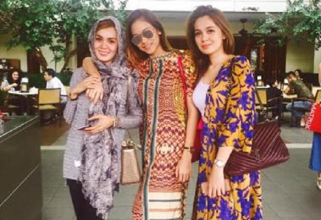 Buka Hijab: Cermin Diri Dulu Sebelum Mengata Orang Lain - Adik Uqasha