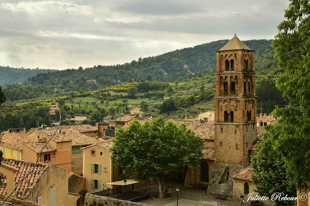 Moustiers-Sainte-Marie, plus beaux village de France