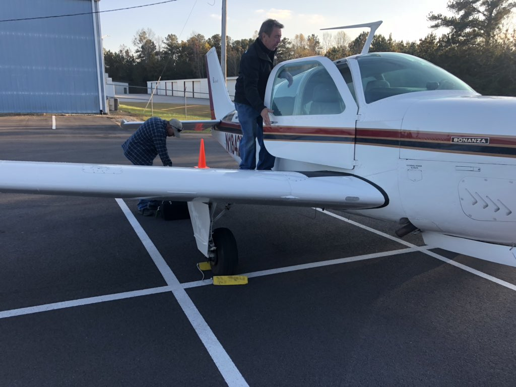 Kathryn's Report: Beech F33A Bonanza, N1842W: Incident