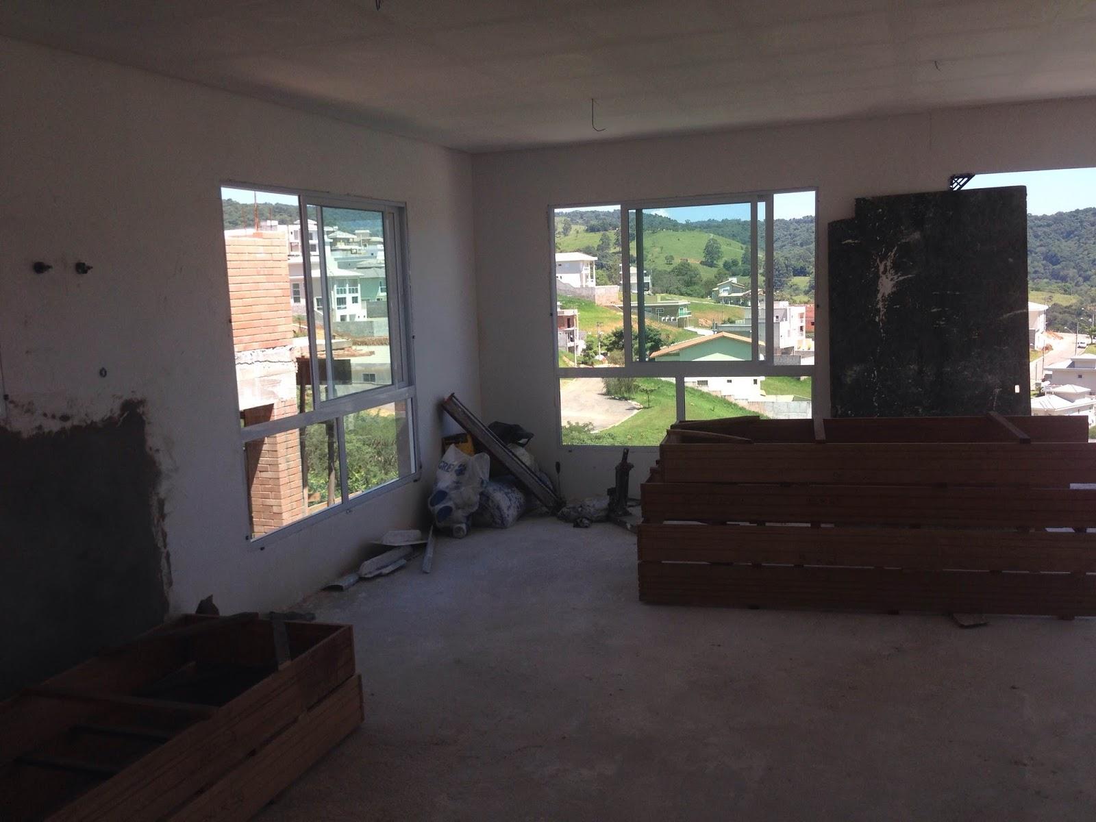 Minha Casa No Barranco Janelas Instaladas Fotos Atualizadas Da  -> Sala De Tv Com Duas Janelas