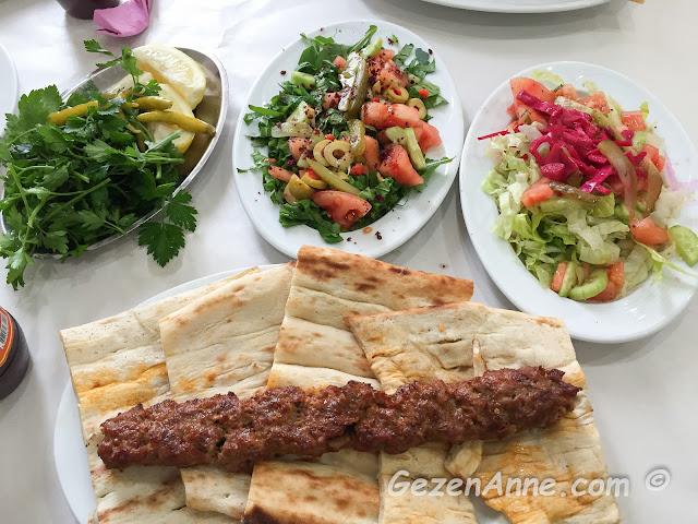 Adana'da en iyi kebap nerede yenir?