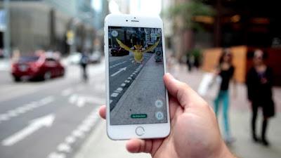 Perbedaan VR (Virtual Reality) dan AR (Augmented Reality) - AR