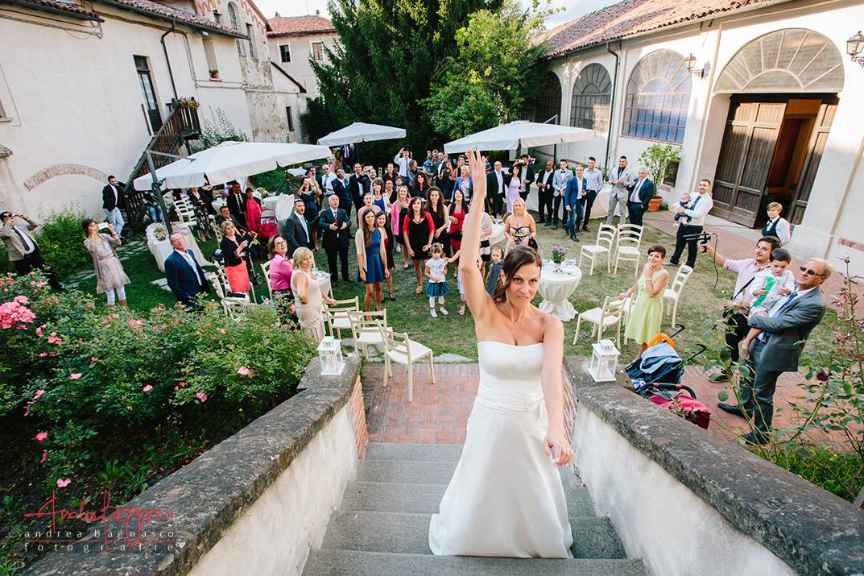 lancio bouquet foto matrimonio reportage