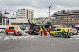 Attack in Finland, man passing through: two dead and eight injured The landlord stopped, Isis celebrates