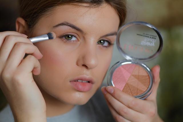 makijaż opadająca powieka